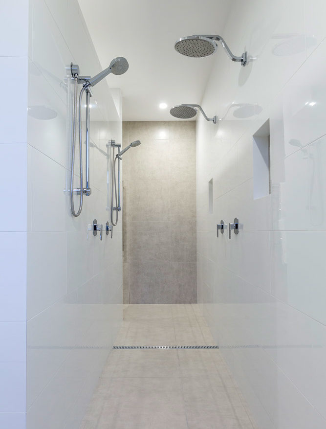 Vanessa Wood Interior Design Sanctuary Cove Master Shower