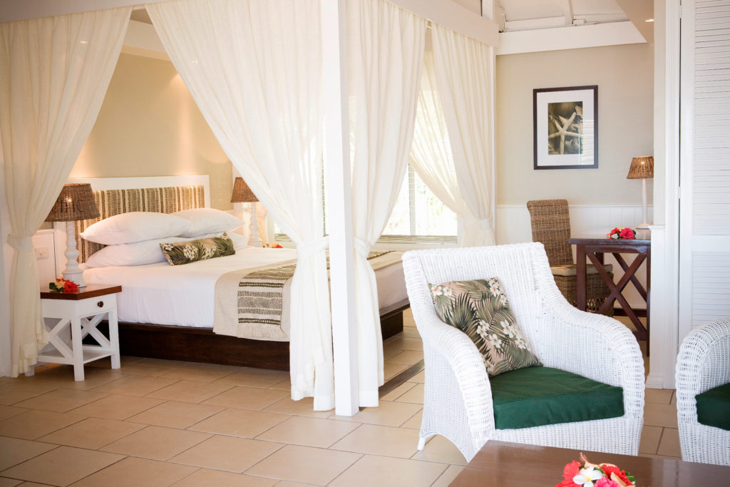 Vanessa-Wood-Interiors-Malolo-Fiji-210410-011