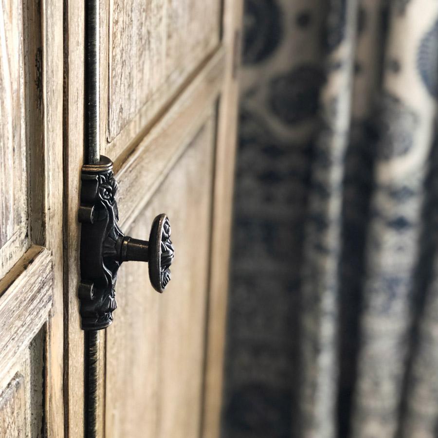 Vanessa Wood Interiors Door Handle detail